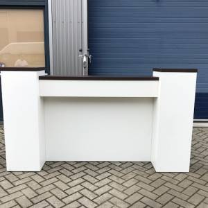 Tapbuffet met ombouw wit-led 1